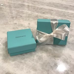 Tiffany & Co. set of 2 gift boxes and 1 ribbon